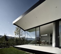 Mirror-Houses-by-Peter-Pichler_dezeen_468_12