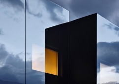 Mirror-Houses-by-Peter-Pichler_dezeen_784_19