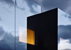 Mirror-Houses-by-Peter-Pichler_dezeen_784_19