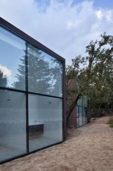 House-YC-by-RTA-Office_dezeen_468_8