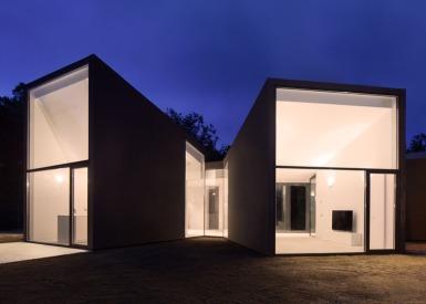 House-YC-by-RTA-Office_dezeen_784_2