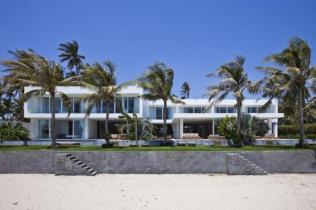 Stunning_Modern_Beach_House_by_MM++_Architects_on_world_of_architecture_05