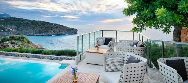restaurants-jumeirah-port-soller-infinity-pool-bar-hero