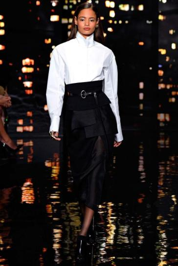 Donna Karan Fall 2015 from vogue.com