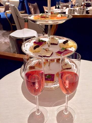 champagne.canapes.s