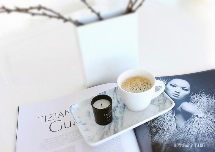 vase.coffee.book.text2