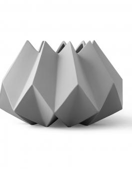 folded.vase